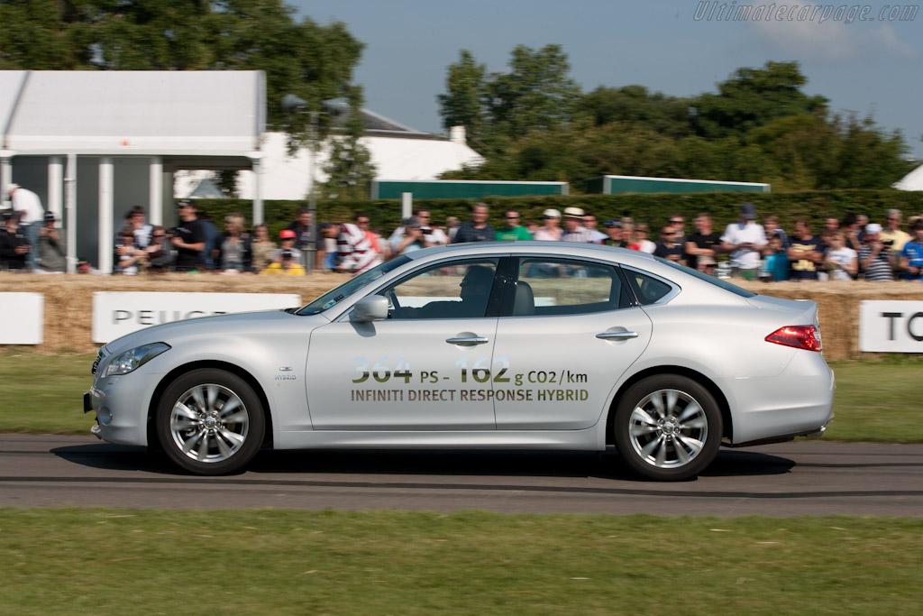 Infiniti M35H    - 2011 Goodwood Festival of Speed