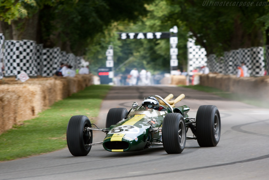 Lotus 38 Ford - Chassis: 38/4 - Driver: Dario Franchitti  - 2011 Goodwood Festival of Speed