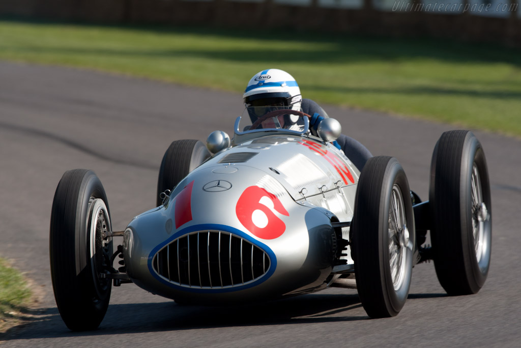 Mercedes-Benz W165    - 2011 Goodwood Festival of Speed