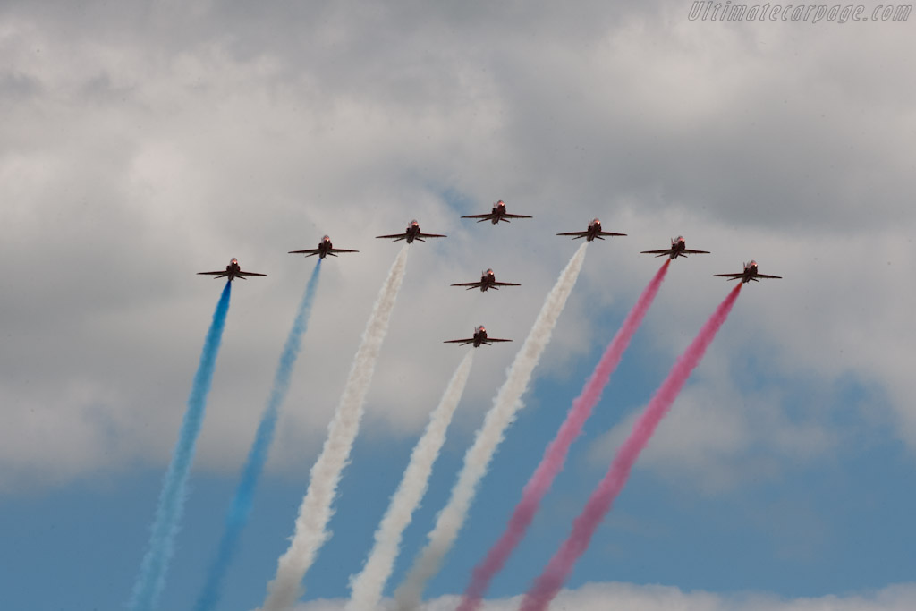 Red Arrows    - 2011 Goodwood Festival of Speed