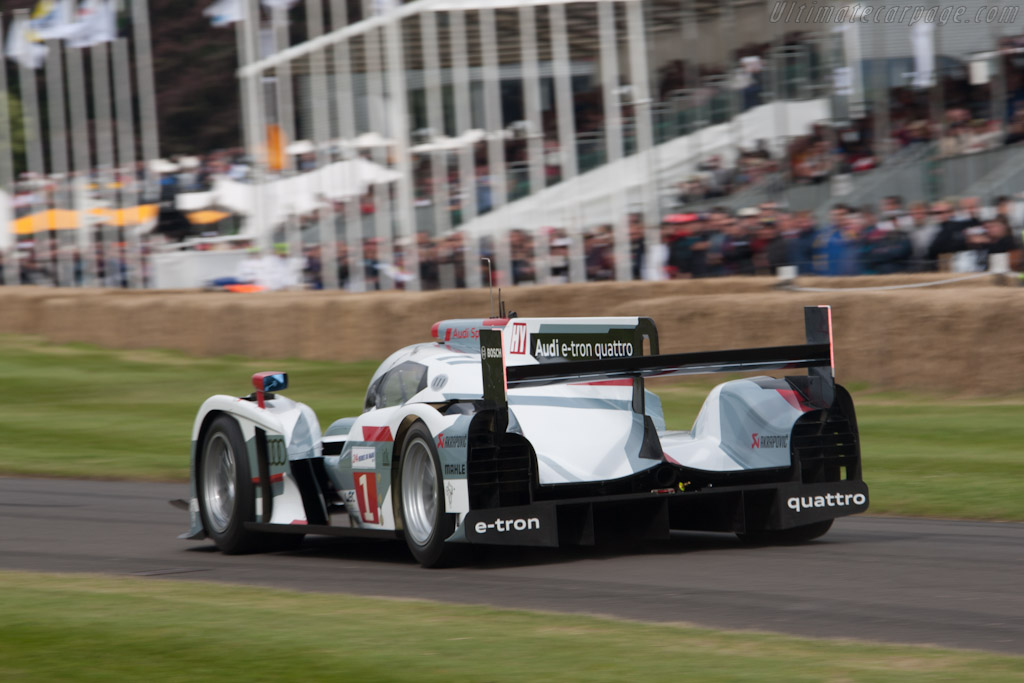 Audi R18 e-tron quattro - Chassis: 202   - 2012 Goodwood Festival of Speed