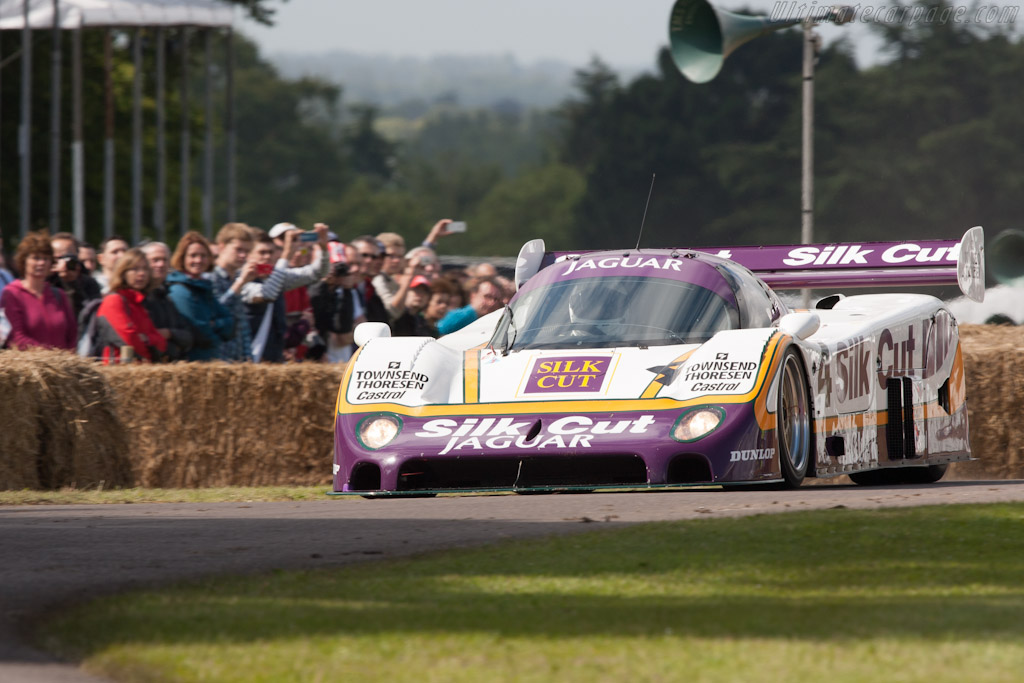Jaguar XJR-8 - Chassis: J12-C-287 - Driver: Justin Law  - 2012 Goodwood Festival of Speed
