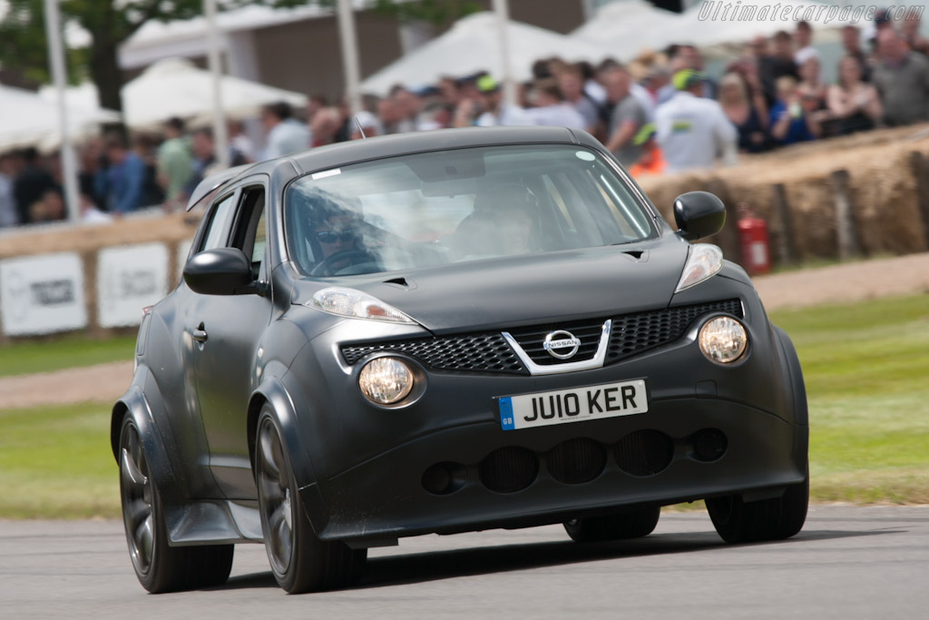 Nissan Juke-R    - 2012 Goodwood Festival of Speed