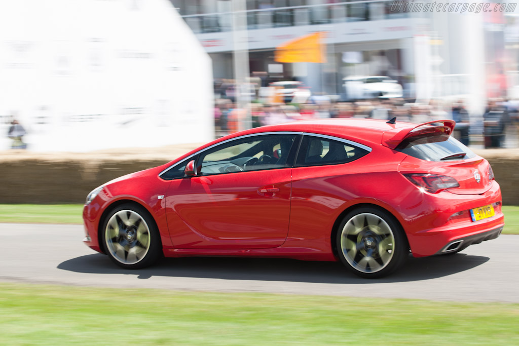 Vauxhall Astra VXR    - 2012 Goodwood Festival of Speed