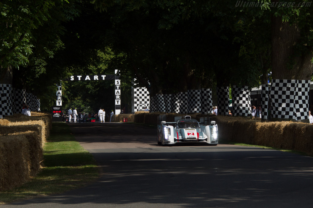 Audi R18 e-tron quattro - Chassis: 302 - Entrant: Toyota Motor Company - Driver: Alexander Wurz  - 2013 Goodwood Festival of Speed