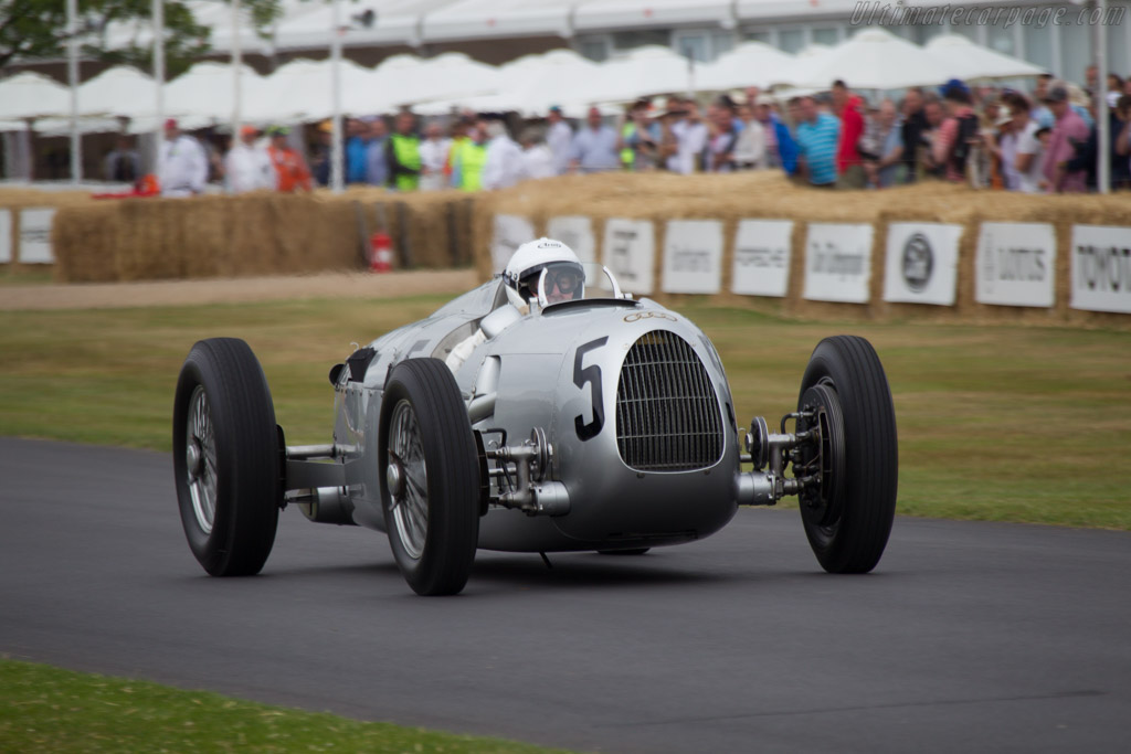 Auto Union Type C - Chassis: 14R - Entrant: Audi Tradition - Driver: Nick Mason  - 2013 Goodwood Festival of Speed