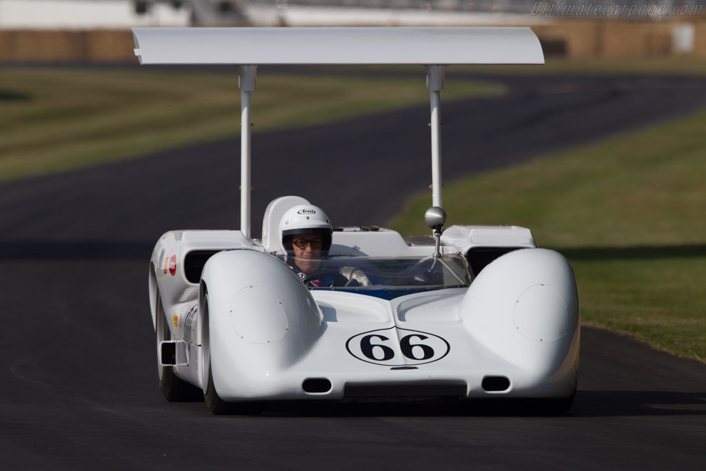 Chaparral 2E Chevrolet  - Entrant: Jim Hall - Driver: Charles Lord March  - 2013 Goodwood Festival of Speed