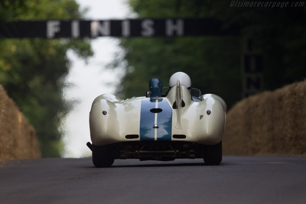 Cunningham C6-R - Chassis: 5422R - Entrant: Collier Automotive Museum - Driver: Scott George - 2013 Goodwood Festival of Speed