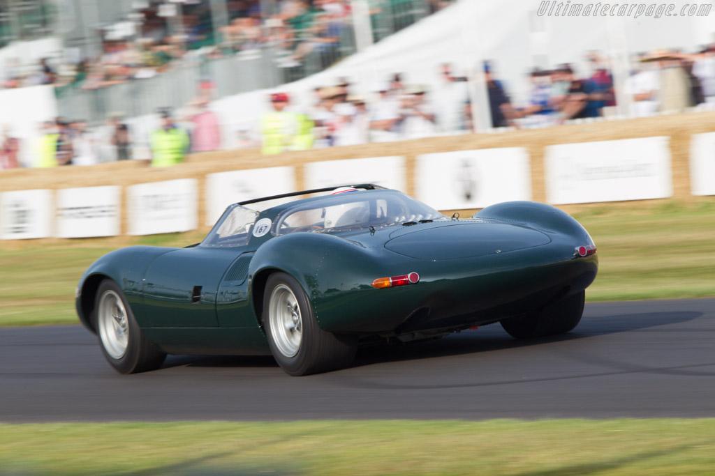 Jaguar XJ13 - Chassis: XJ13 - Entrant: Jaguar Daimler Heritage Trust - Driver: Andy Wallace - 2013 Goodwood Festival of Speed
