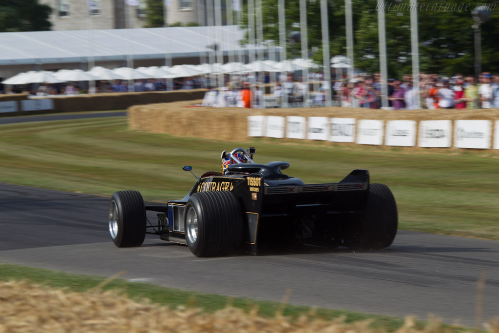 Lotus 88B Cosworth - Chassis: 88/1 - Entrant: Classic Team Lotus - Driver: Dan Collins  - 2013 Goodwood Festival of Speed