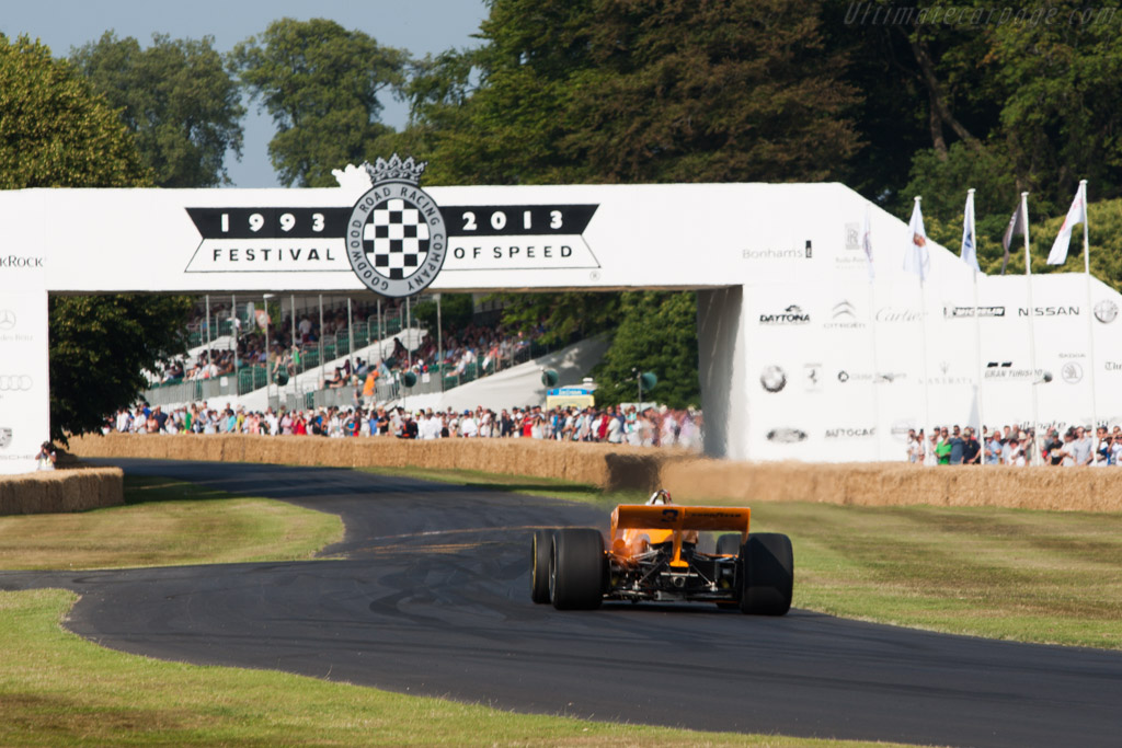 McLaren M16D Offenhauser - Chassis: M16C/5 - Driver: Patrick Ryan  - 2013 Goodwood Festival of Speed