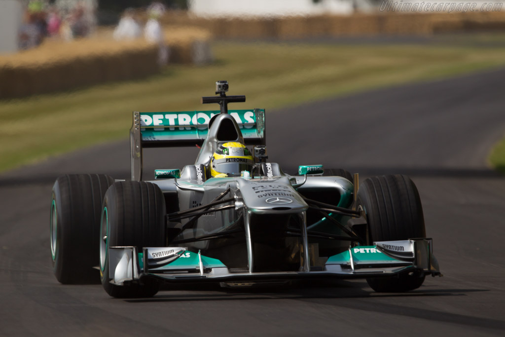Mercedes-Benz W02  - Driver: Nico Rosberg  - 2013 Goodwood Festival of Speed