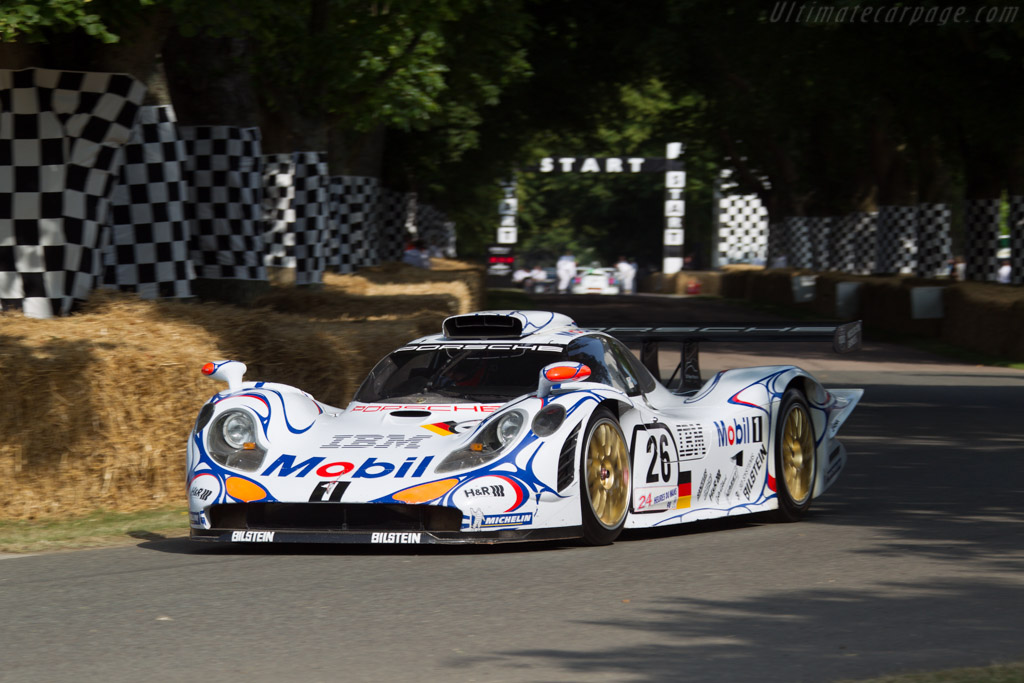 Porsche 911 GT1 '98 - Chassis: GT1/98-003 - Entrant: Porsche Museum  - 2013 Goodwood Festival of Speed
