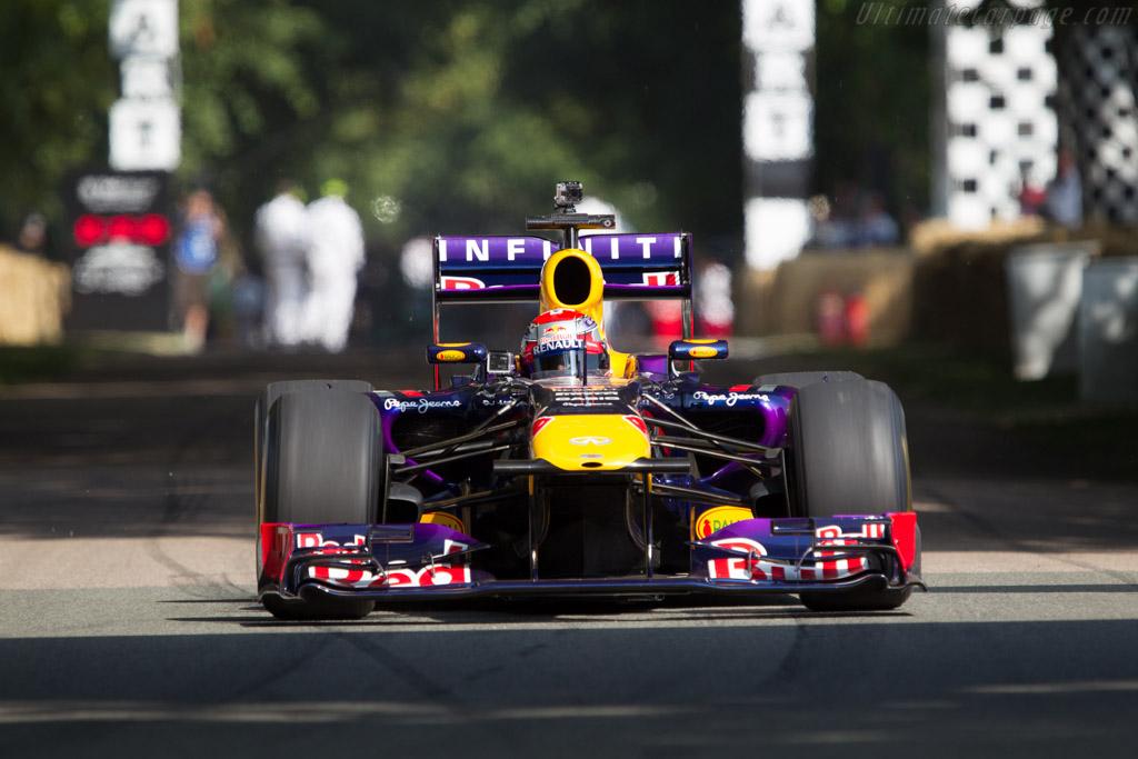 Red Bull RB7 Renault  - Driver: Sebastian Buemi  - 2013 Goodwood Festival of Speed