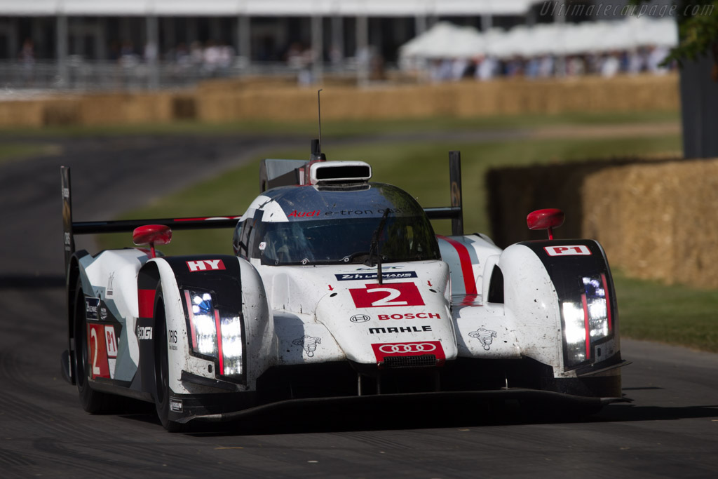 Audi R18 e-tron quattro - Chassis: 415 - Entrant: Audi Tradition - Driver: Andre Lotterer  - 2014 Goodwood Festival of Speed