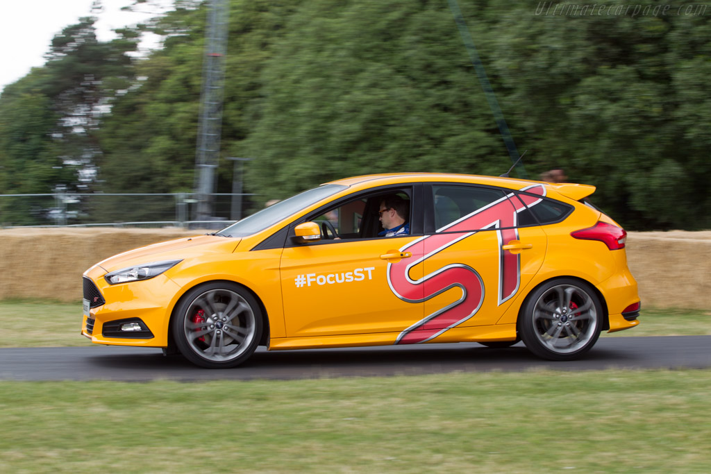 Ford Focus ST    - 2014 Goodwood Festival of Speed