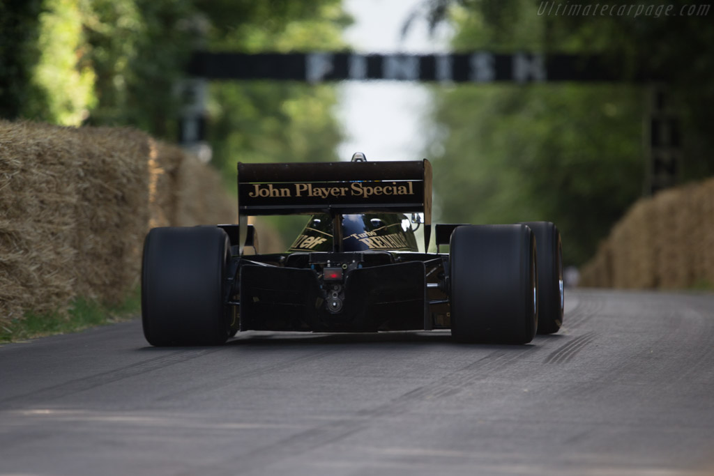 Lotus 97T Renault - Chassis: 97T/2 - Entrant: Classic Team Lotus - Driver: Chris Dinnage  - 2014 Goodwood Festival of Speed