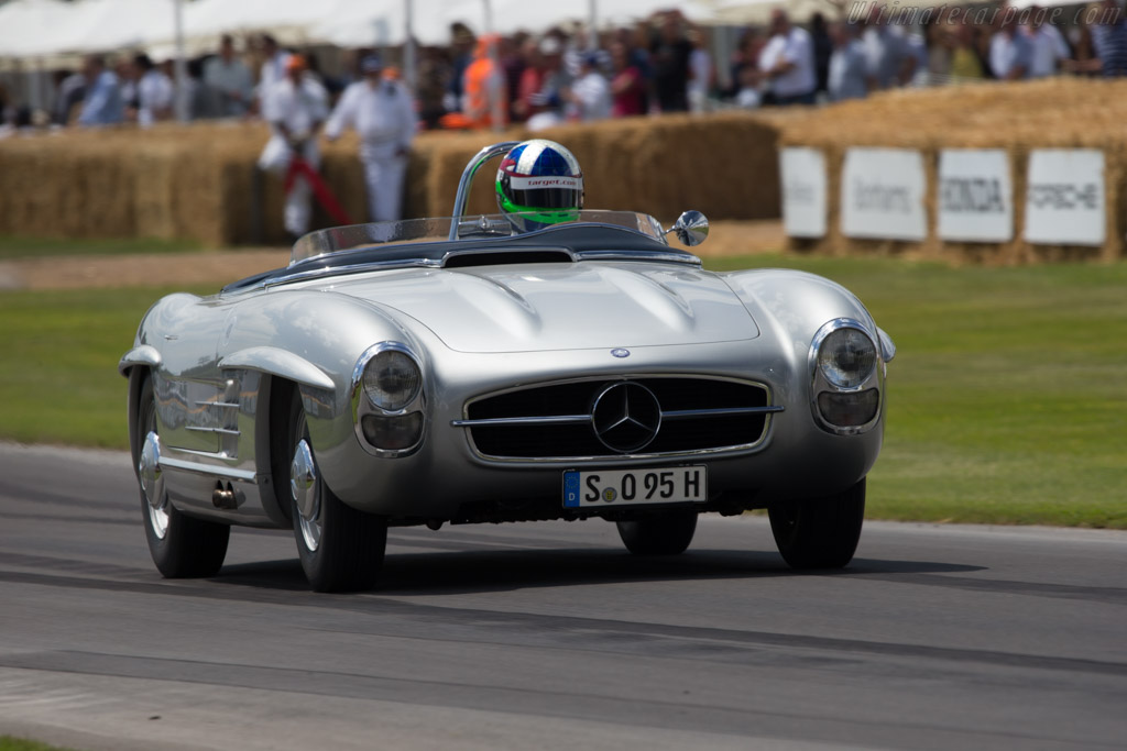 Mercedes-Benz 300 SLS - Chassis: 198.042.8500256 - Entrant: Mercedes-Benz Classic - Driver: Dario Franchitti  - 2014 Goodwood Festival of Speed