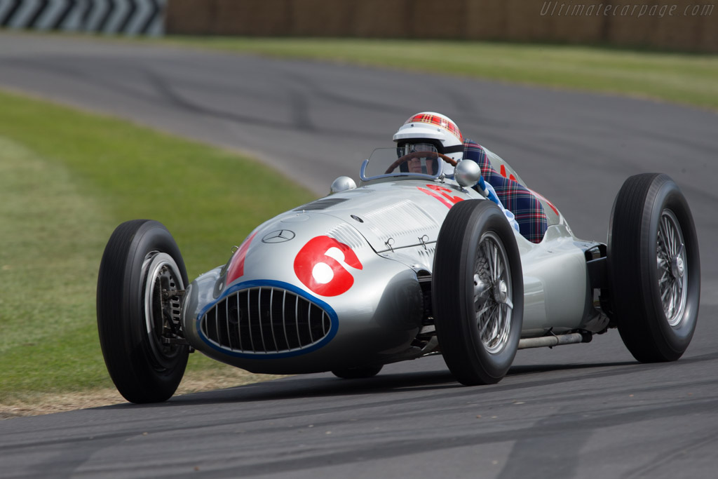 Mercedes-Benz W165 - Chassis: 449547/2 - Entrant: Mercedes-Benz Classic - Driver: Sir Jackie Stewart  - 2014 Goodwood Festival of Speed