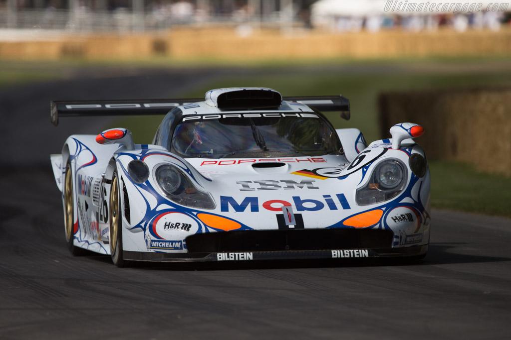 Porsche 911 GT1 '98 - Chassis: GT1/98-003 - Entrant: Porsche Museum GOH - Driver: Mark Webber  - 2014 Goodwood Festival of Speed