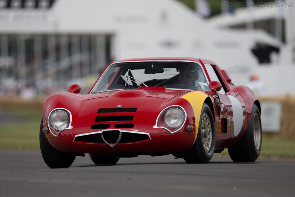 Alfa Romeo TZ2 - Chassis: AR750117 - Driver: David Sydorick  - 2015 Goodwood Festival of Speed