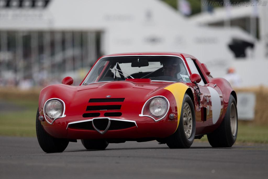 Alfa Romeo TZ2 - Chassis: AR750117 - Driver: David Sydorick  - 2015 Goodwood Festival of Speed