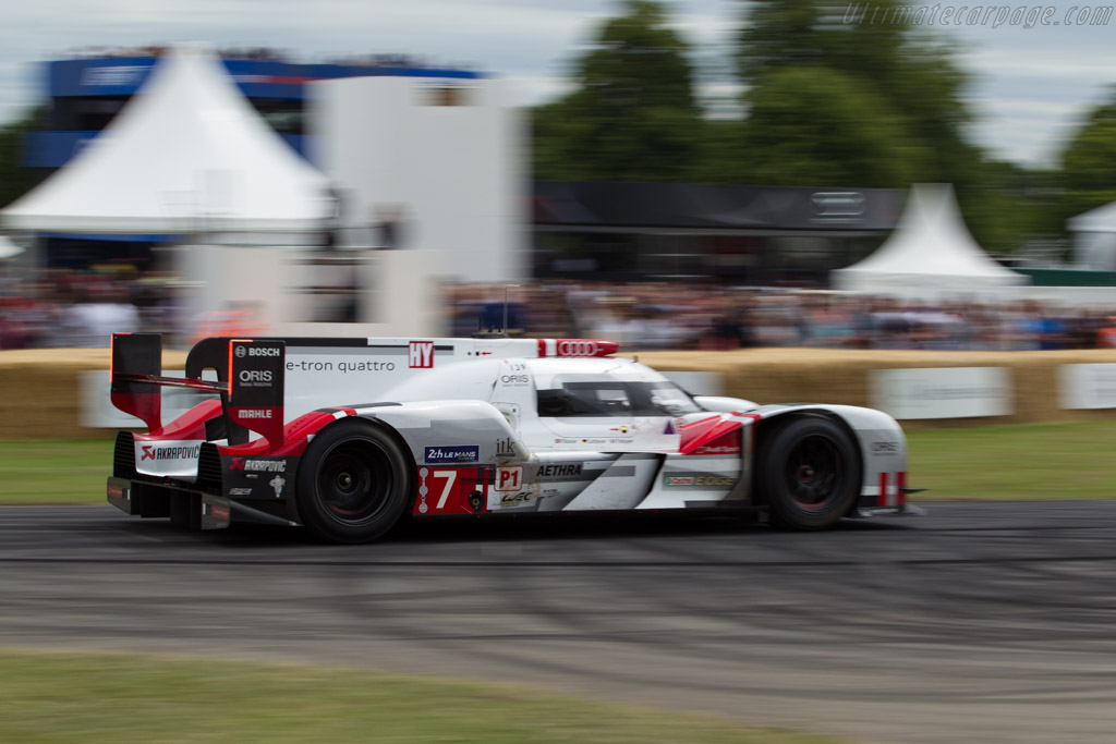 Audi R18 e-tron quattro  - Entrant: Audi Tradition - Driver: Andre Lotterer  - 2015 Goodwood Festival of Speed
