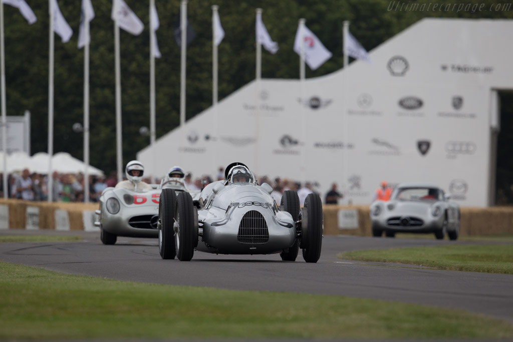 Auto Union Type D - Chassis: 017R - Entrant: Audi Tradition - Driver: Nick Mason  - 2015 Goodwood Festival of Speed