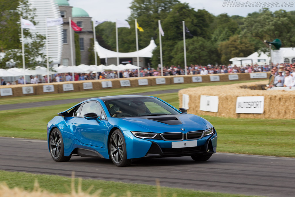 BMW i8    - 2015 Goodwood Festival of Speed