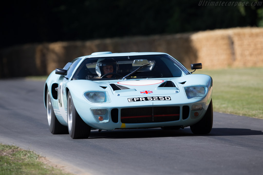 Ford GT40 - Chassis: GT40P/1017 - Driver: Sally Mason-Styrron  - 2015 Goodwood Festival of Speed