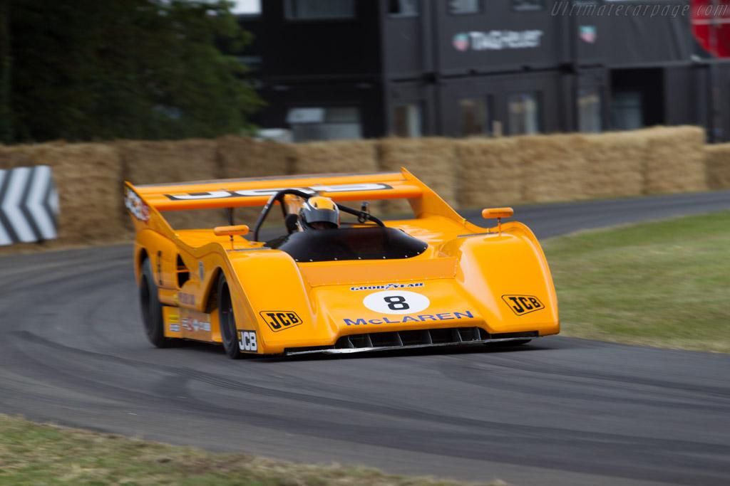 McLaren M8FP Chevrolet  - Entrant: Sir Anthony Bamford - Driver: Andrew Newall  - 2015 Goodwood Festival of Speed