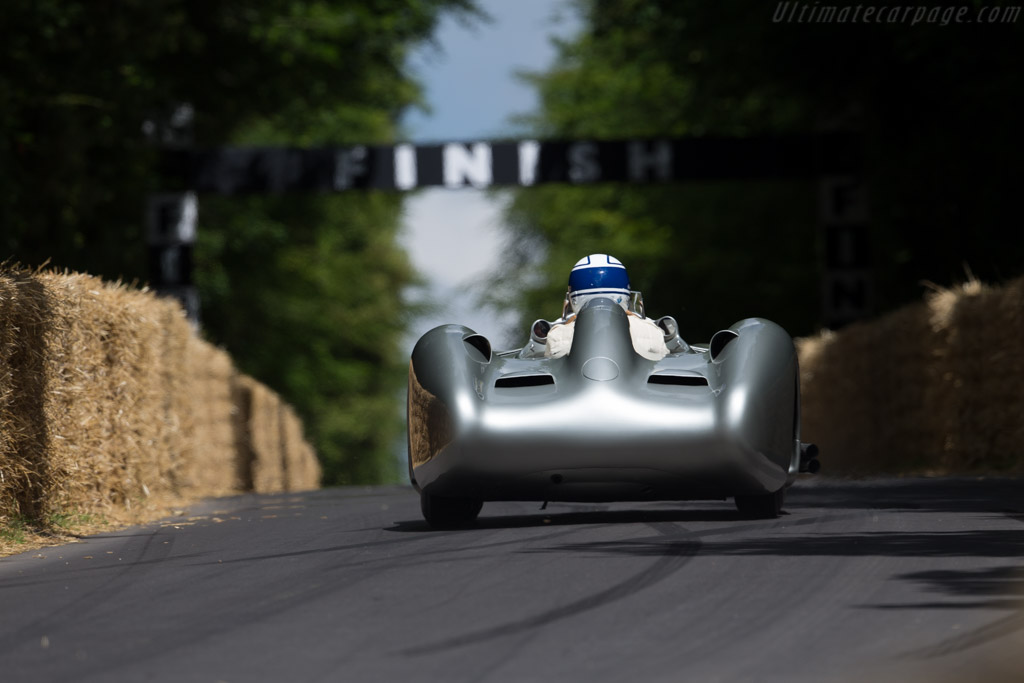 Mercedes-Benz W196 Streamliner - Chassis: 000 10/54 - Entrant: Mercedes-Benz Classic - Driver: Jochen Mass  - 2015 Goodwood Festival of Speed