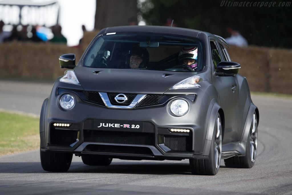 Nissan Juke R 2.0  - Driver: Jann Mardenborough  - 2015 Goodwood Festival of Speed