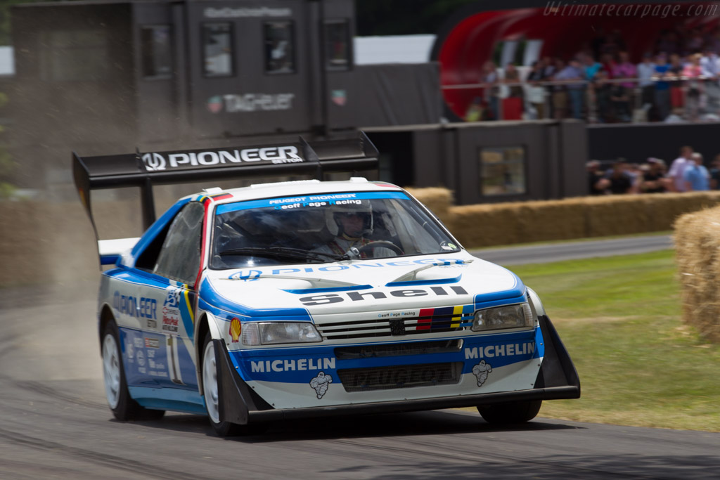 Peugeot 405 T16 GR Pikes Peak - Chassis: 405003 - Driver: Enda Garvey  - 2015 Goodwood Festival of Speed