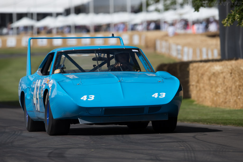 Plymouth Superbird  - Entrant: Richard Petty - Driver: Charles Lord March  - 2015 Goodwood Festival of Speed