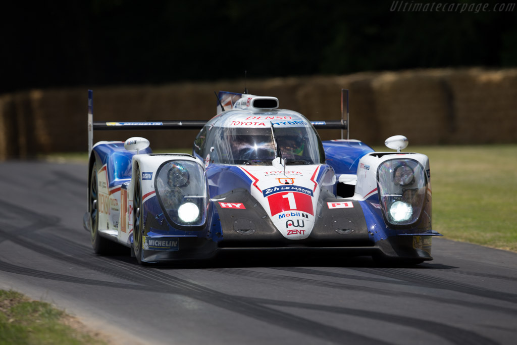 Toyota TS040 Hybrid - Chassis: 15-07 - Entrant: Toyota Motorsport GmbH - Driver: Stephen Conway  - 2015 Goodwood Festival of Speed