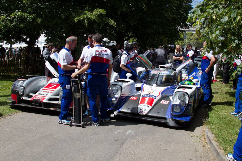Toyota TS040 Hybrid - Chassis: 15-07 - Entrant: Toyota Motorsport GmbH  - 2015 Goodwood Festival of Speed