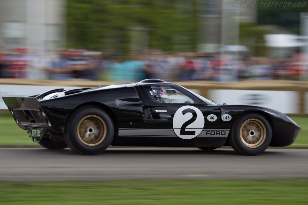Ford GT40 Mk II - Chassis: GT40P/1008 - Entrant: Ford Motor Company  - 2016 Goodwood Festival of Speed