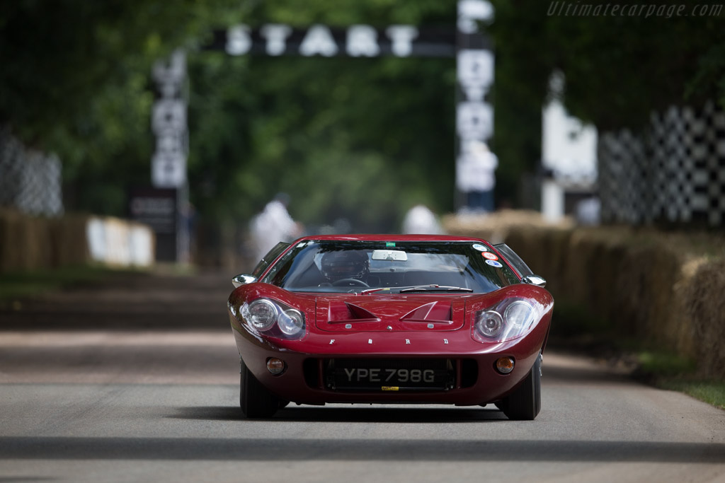 Ford GT40 Mk III - Chassis: M3/1103 - Driver: Gary Bartlett  - 2016 Goodwood Festival of Speed
