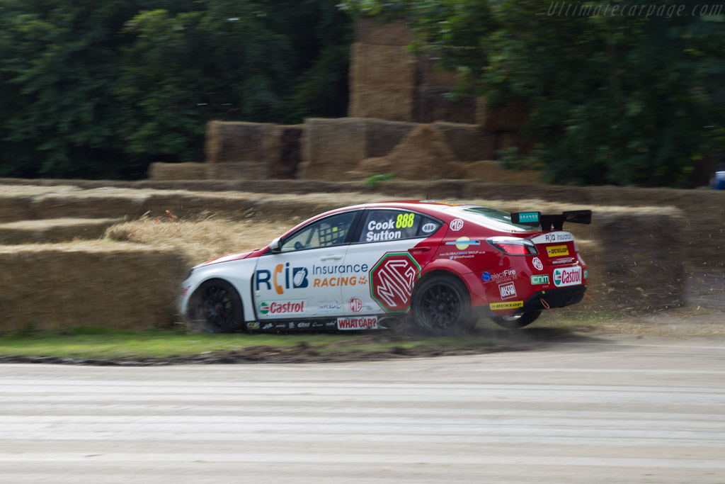 MG 6 GT  - Entrant: MG Racing RCIB Insurance - Driver: Josh Cook / Ashley Sutton  - 2016 Goodwood Festival of Speed