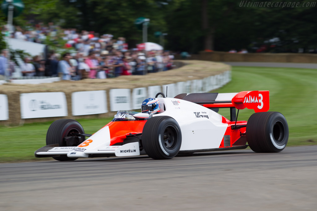 McLaren MP4/2 Porsche - Chassis: MP4/2-1 - Entrant: McLaren F1 - Driver: Nick de Vries  - 2016 Goodwood Festival of Speed
