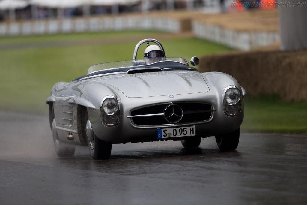 Mercedes-Benz 300 SLS  - Entrant: Mercedes-Benz Classic - Driver: Sir Stirling Moss  - 2016 Goodwood Festival of Speed