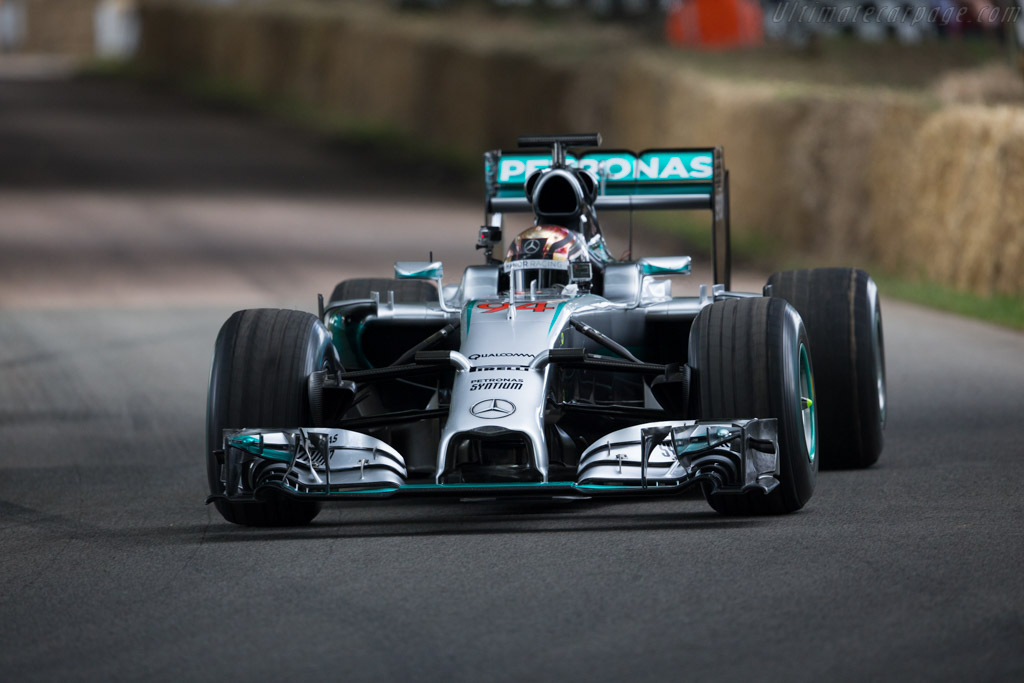 Mercedes-Benz W05 Hybrid  - Entrant: Mercedes-Benz Grand Prix - Driver: Pascal Wehrlein  - 2016 Goodwood Festival of Speed