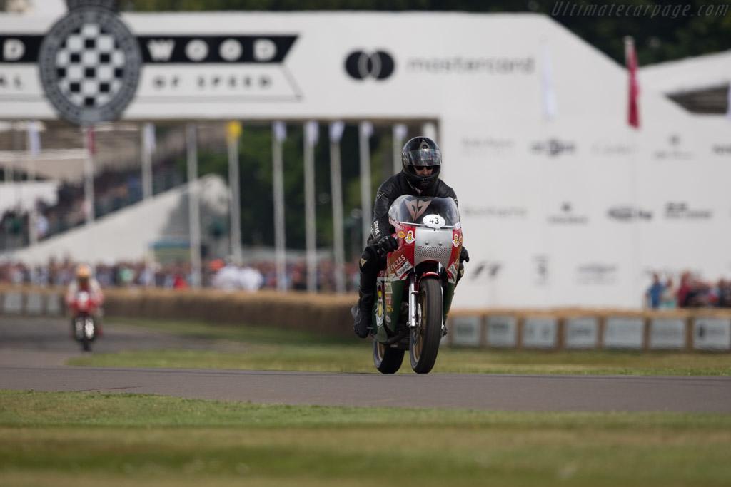 Ducati 900 SS TT  - Driver: Steve Wynne  - 2017 Goodwood Festival of Speed