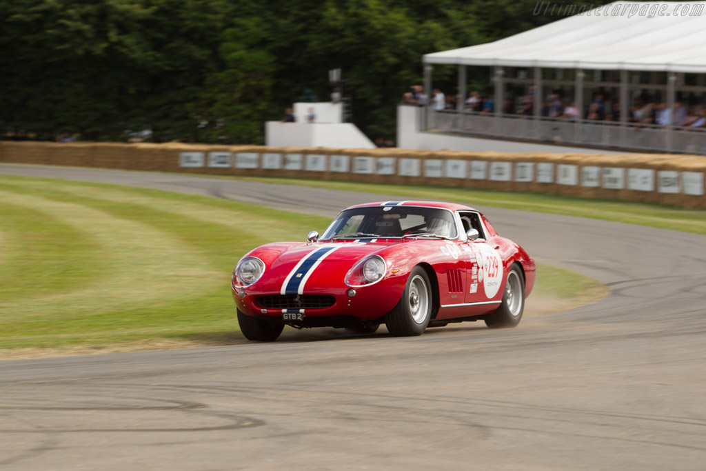 Ferrari 275 GTB - Chassis: 8213 - Entrant: Dennis Singleton - Driver: David Franklin  - 2017 Goodwood Festival of Speed