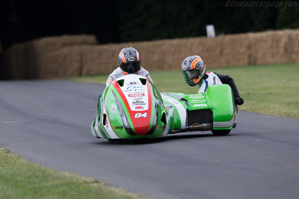 LCR F2 Kawasaki  - Driver: Maria Costello / Kirsty Hauxwell  - 2017 Goodwood Festival of Speed