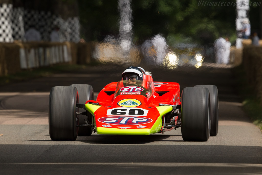 Lotus 56 STP - Chassis: 56/1 - Entrant: Indianapolis Motor Speedway - Driver: Dario Franchitti  - 2017 Goodwood Festival of Speed