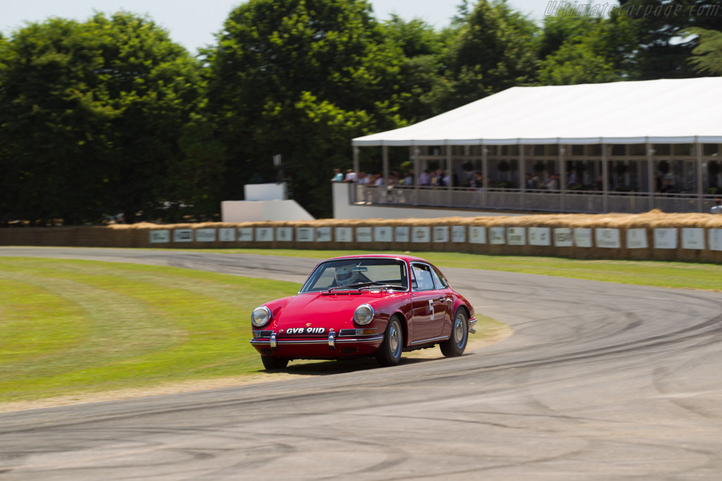Porsche 911 - Chassis: 305419 - Driver: Rob Russell  - 2017 Goodwood Festival of Speed