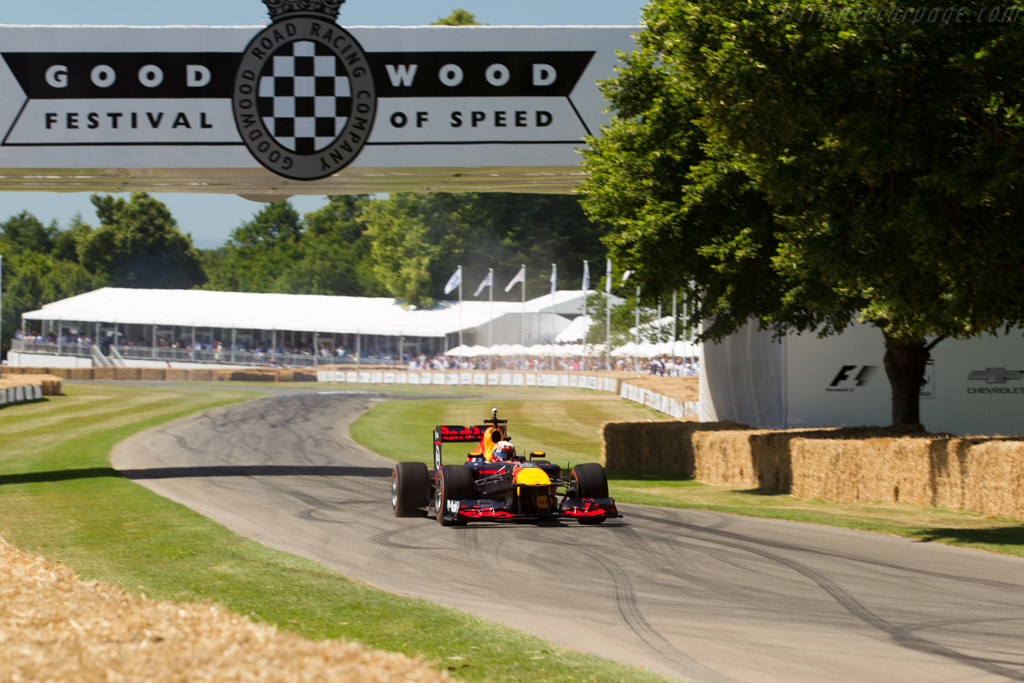 Red Bull Racing RB7 Renault  - Driver: Pierre Gasly  - 2017 Goodwood Festival of Speed