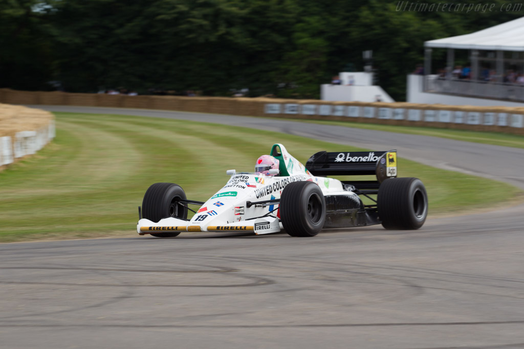 Toleman TG185 Hart - Chassis: TG185-05 - Entrant: Warren Stean - Driver: Lorina McLaughlin  - 2017 Goodwood Festival of Speed